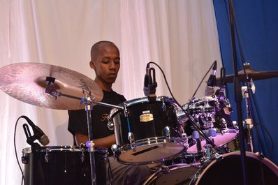 Solo on drums 2